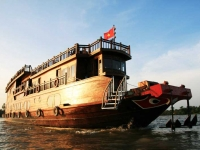 Mekong Delta River Cruise to the Floating Markets of Cai Be and Cai Rang 2 days 1 night