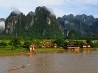 Vientiane - VangVieng- LuangPrabang 5 jours