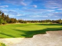 Golf à  DaNang Golf Club et  Montgomerie Links