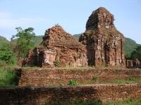 Les ruines Cham à Myson