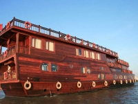 Mekong Delta River Cruise to the Floating Markets of Cai Rang and Cai Be 3 days 2 nights